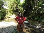 Jana hat bewiesen, dass sich das RWE-Logo auch im Dschungel von Tansania gut macht.