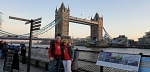 ...hier vor der Tower Bridge.